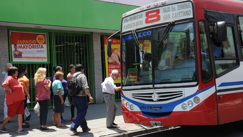 Instan al Ejecutivo a controlar las empresas de ómnibus