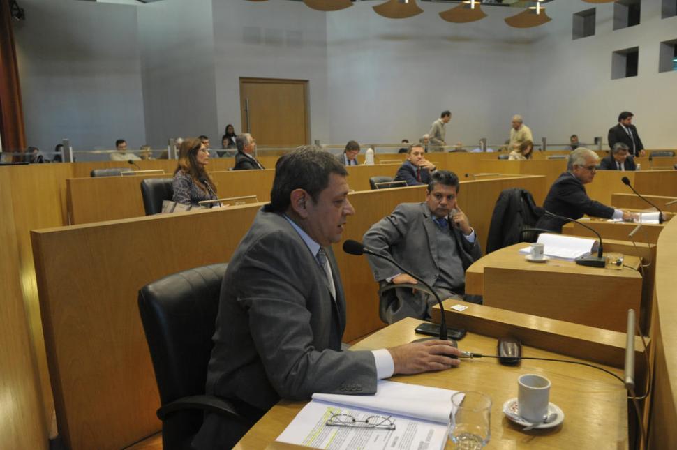 El Concejo ordena que se controlen los edificios en altura todos los meses