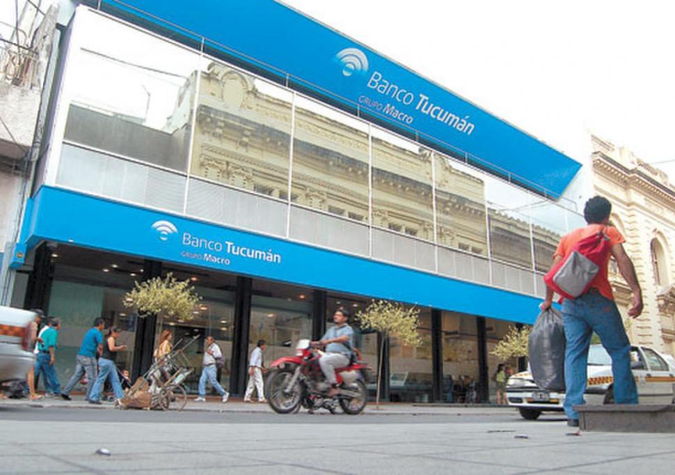 CASA CENTRAL. Si se aprueba la operación, Banco Macro se quedaría con el 100% de las acciones del BT, el agente financiero de la Provincia. la gaceta / foto de osvaldo ripoll (archivo)
