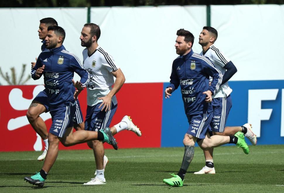Messi y el equipo tendrán que despejar las dudas