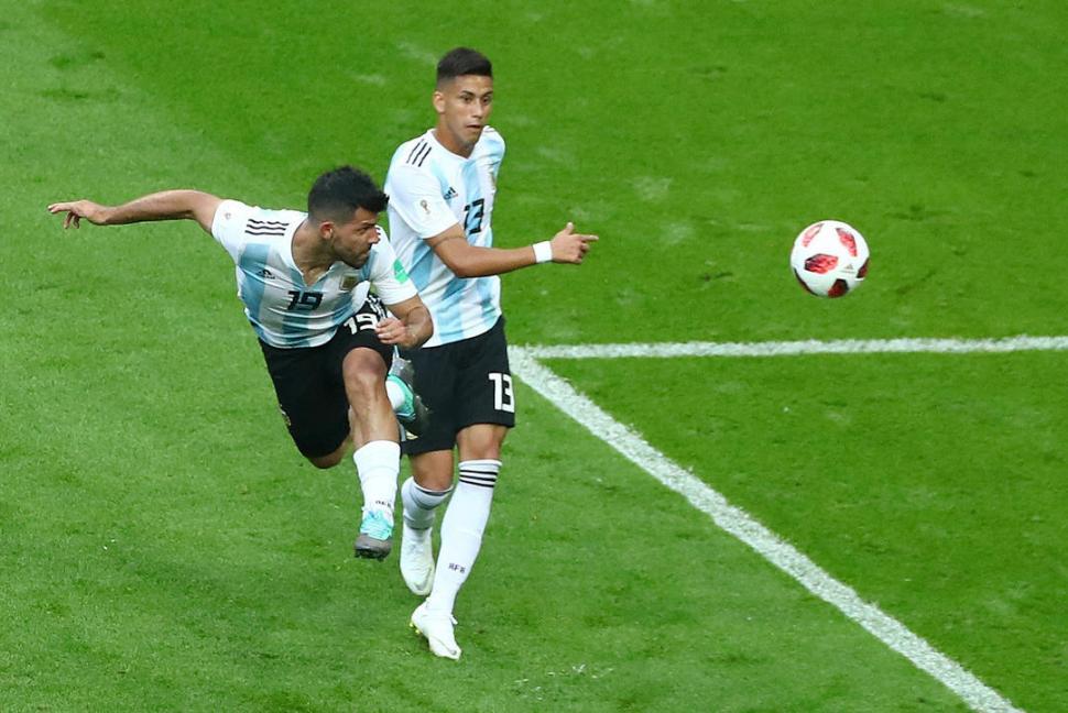 ILUSIÓN. El gol de Agüero sostuvo por un par de minutos la esperanza de empatar. reuters