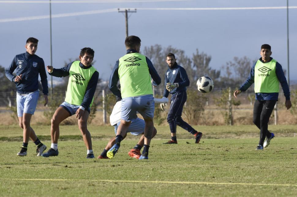 Atlético juega en Salta su primer amistoso de invierno, y quiere empezar a cobrar vuelo