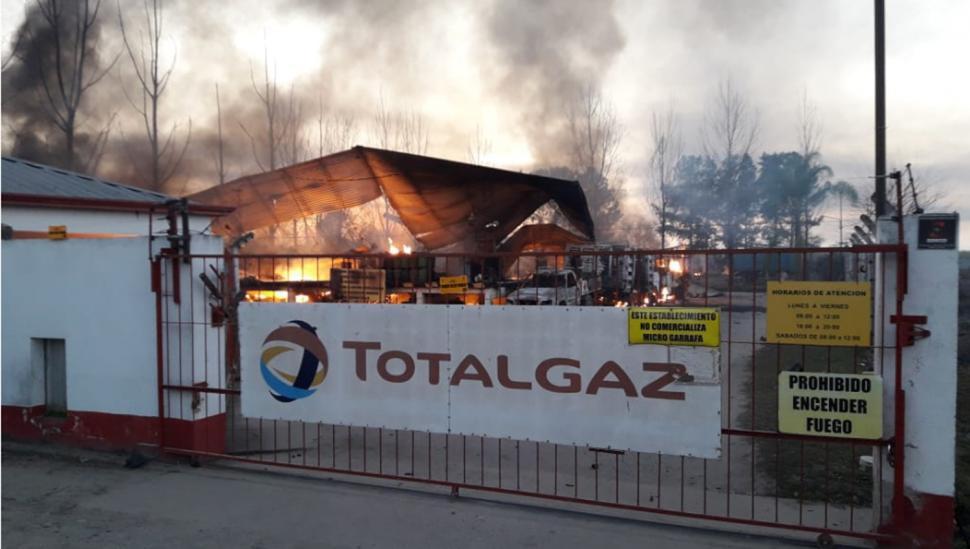 Alarma en Concepción: explotó un depósito de gas
