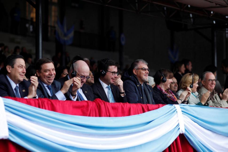 FUNCIONARIOS EXTRANJEROS. Los ministros de Agricultura del G-20 participaron del acto de apertura de la edición 132 de la muestra del campo argentino.