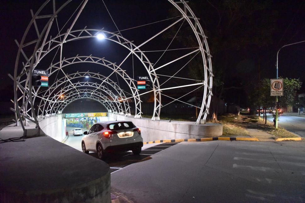 Los túneles de calles Córdoba y Mendoza se han vuelto un peligro
