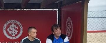 Los detalles de la visita de D'Alessandro al plantel de Atlético