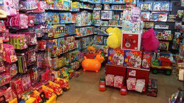 Por ahora no hay acuerdo entre comerciantes y empleados por las Fiestas