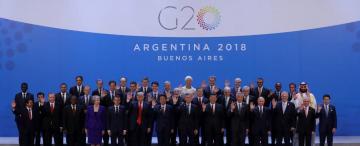 Argentina en un orbe enfrascado en batallas bilaterales