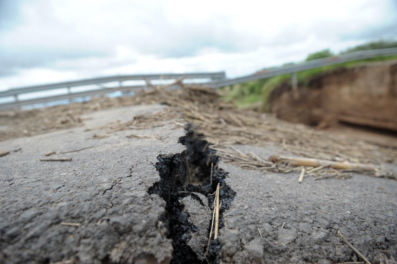 Tres muertos y más de 621 evacuados por temporales