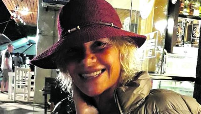 Aportan elegancia y distinción. La modelo Viviana Aiachini considera que  los sombreros agregan encanto a cualquier prenda. f848559bc95