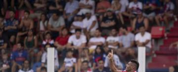 """Acevedo, un """"muro"""" que aporta goles en San Martín"""