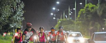 ¿Por qué le cuesta tanto a la ciudad subirse a la bici?