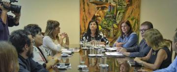 La comisión de la Mujer cierra el caso de la niña de 11 años, pero legisladores analizan más medidas