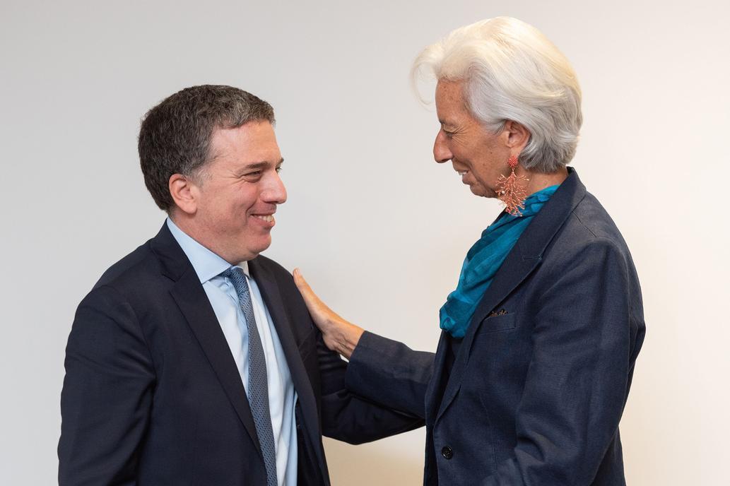 Previo a un nuevo desembolso, Dujovne se reunió con Lagarde