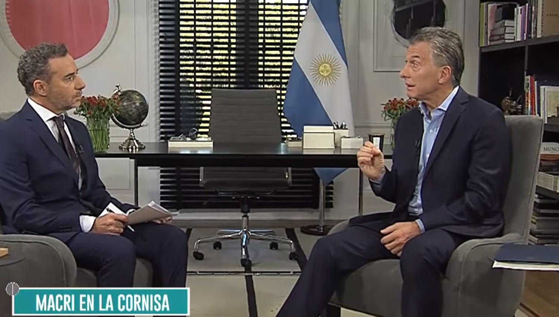 A días de su muerte, Macri acusó al padre de cometer delitos
