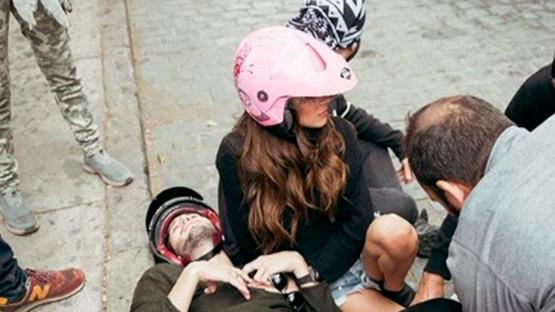 Tini Stoessel tuvo un accidente de moto filmando su último videoclip