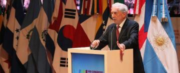 Vargas Llosa dice que López Obrador debe responder por qué México tiene tantos indios marginados