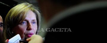 """Rojkés insta a  """"reconstruir"""" la provincia con Cristina  y Alperovich"""