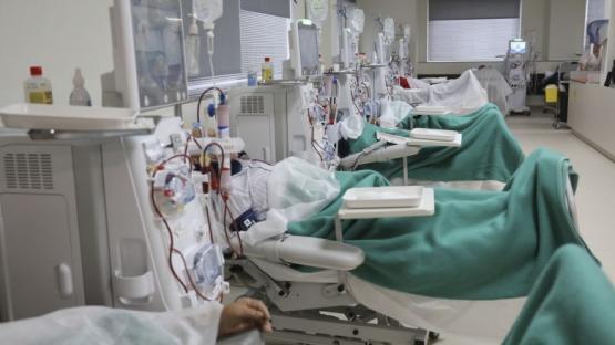 Por la crisis económica podrían cerrar los centros de diálisis en todo el país