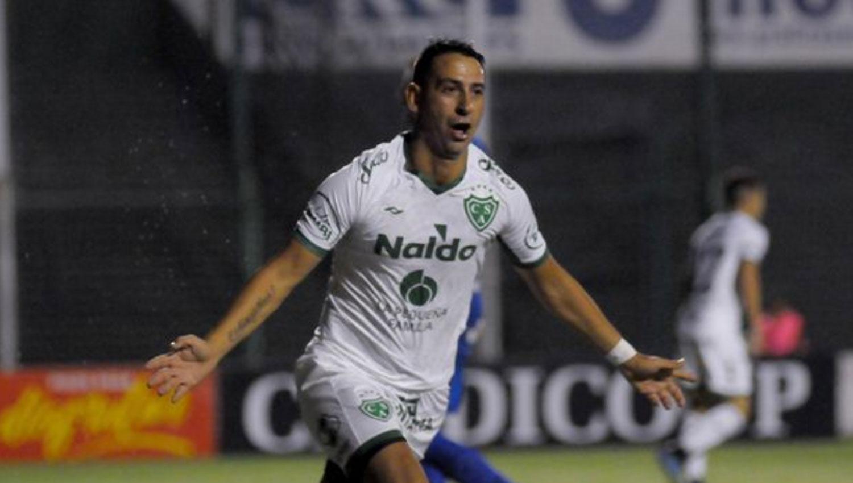 Arsenal, Sarmiento y Chicago se juegan el ascenso a Primera