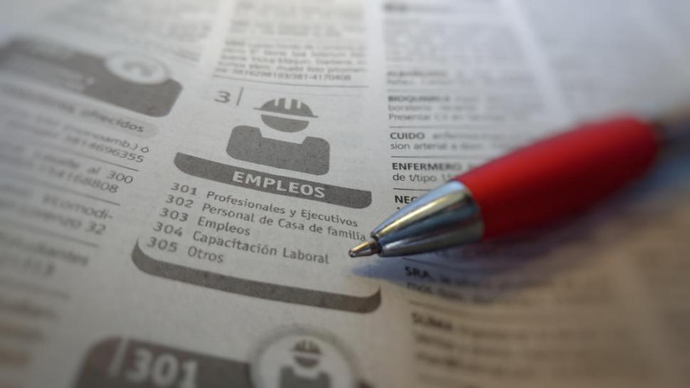 Más del 55% de la población económica activa tiene problemas de empleo