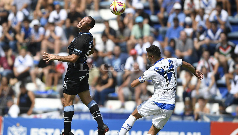Talleres derrotó a Atlético Tucumán que todavía está con vida