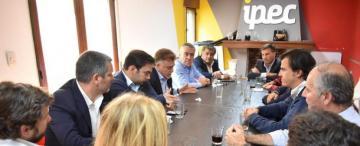 Cómo fue y qué se dijo en la cumbre de Vamos Tucumán