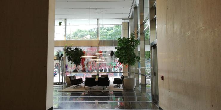 Escracharon la sede del JP Morgan en Argentina