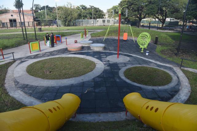 Inauguran el primer parque diseñado íntegramente para personas con ...