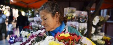 Eli, la florista que vive en la primavera eterna y lucha contra el cáncer