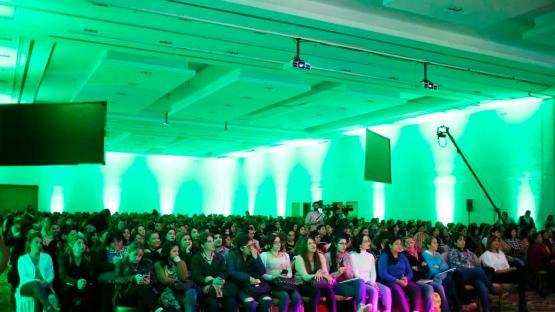 Más de 10.000 docentes participaron del Foro Climactivo