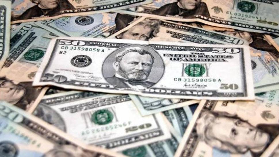 País: El dólar subió 26 centavos y cerró a $46,26