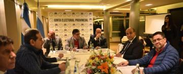 De qué se habló en la reunión de la Junta Electoral con los candidatos a gobernador