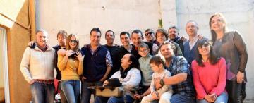 """La """"barrita"""" de amigos de Álvaro Pérez Acosta se volvió a juntar para hacerle un regalo muy especial"""