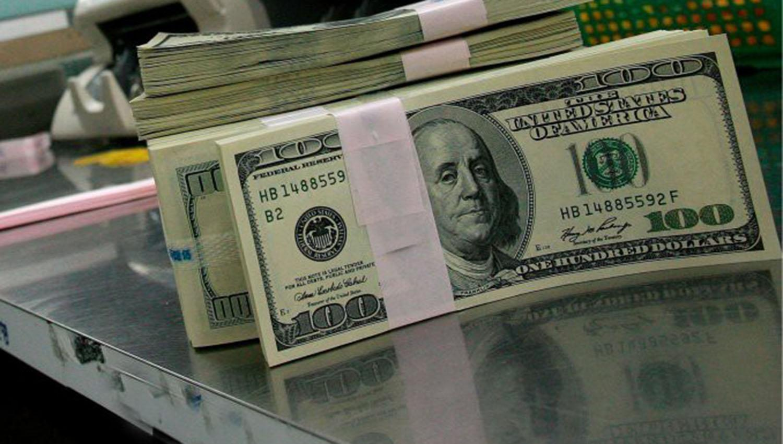 En julio, el dólar cerró con una suba del 3%