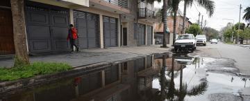 Se multiplican los derrames de líquidos cloacales y los riesgos sanitarios en Concepción