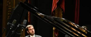 Aires sardos en el piano con el regreso de Giulio Biddau