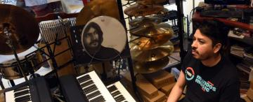 Manu Sija: de raíz folclórica, pero con sonidos y arreglos de jazz