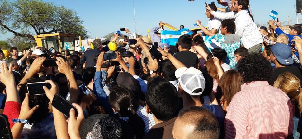 En 7 de Abril, Macri hizo quitar las vallas