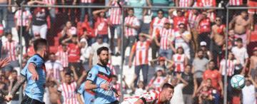 Pons volvió a ser la llave de gol en San Martín, y los hinchas se lo reconocen