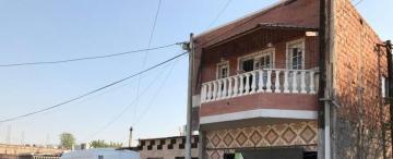 San Cayetano: pasaron de un rancho a una casa de dos plantas inaccesible para la Policía
