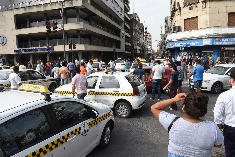 Inseguridad: una marcha, cientos de autos y 10 historias de taxistas