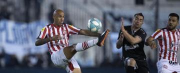 San Martín goleó a Quilmes y demostró que no es pura espuma