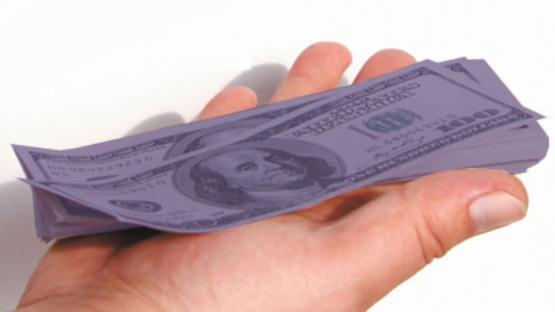 A 10 días de las elecciones, sigue en alza el dólar