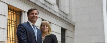 Los oficialismos vencen en la contienda de los abogados por el CAM