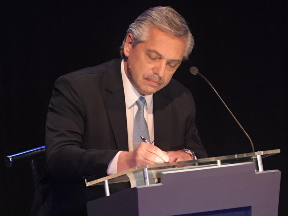 Niegan que Alberto Fernández haya tratado de inmoral a Macri en el intervalo del debate