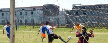 Campeonato histórico en Villa Urquiza: 12 equipos de distintas unidades se enfrentan en el fútbol