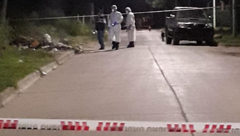 Investigan a un vecino por el asesinato de un joven en el barrio Aget thumbnail
