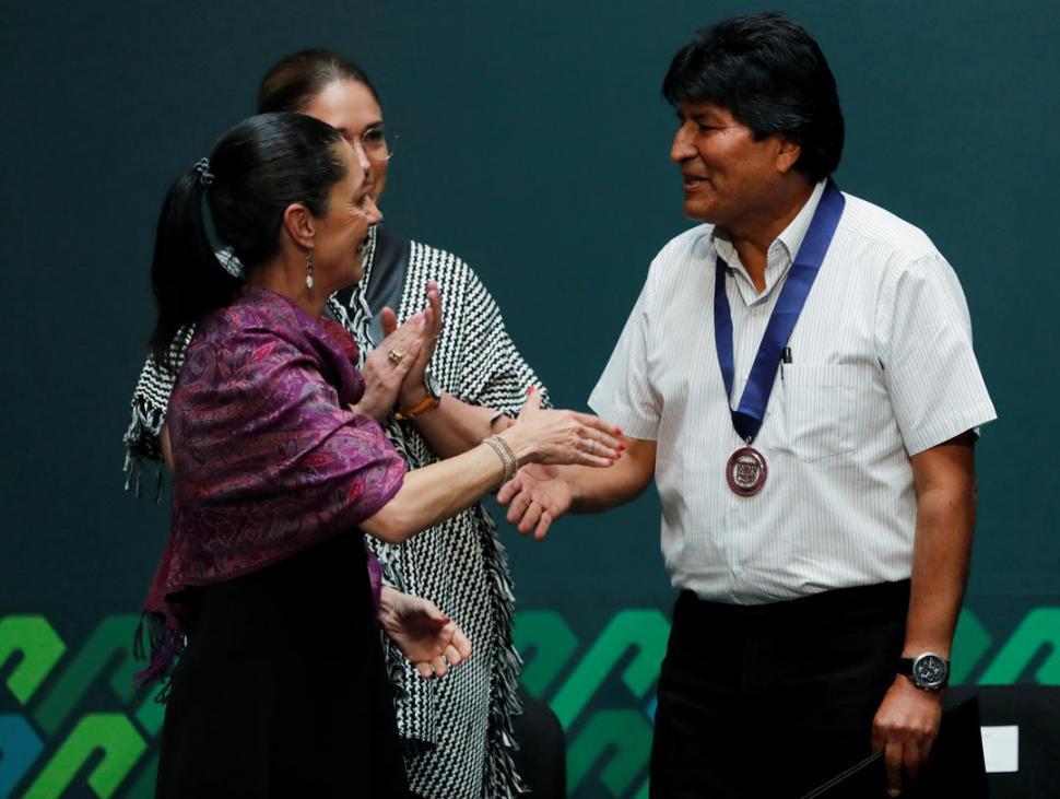 Están incendiando al país — Evo Morales