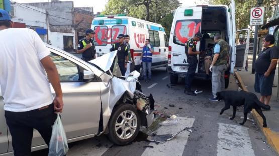 Al menos tres choques en una mañana accidentada en Tucumán